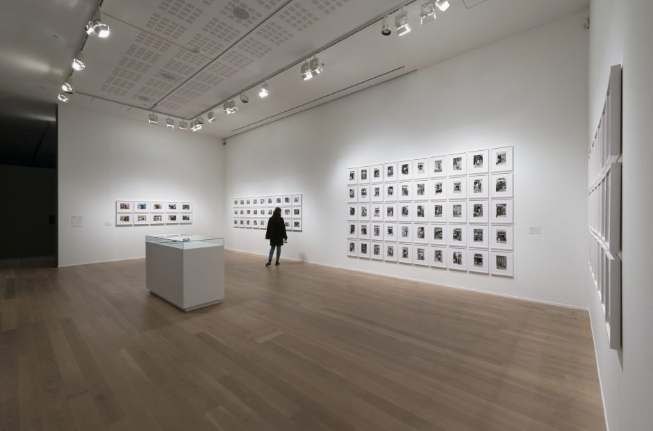 Akram Zaatari Unfolding Moderna Museet Stockholm 7 mars 2015 - 16 augusti 2015