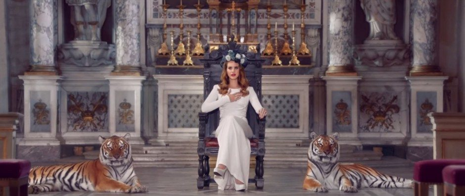 Lana as Queen Born to Die